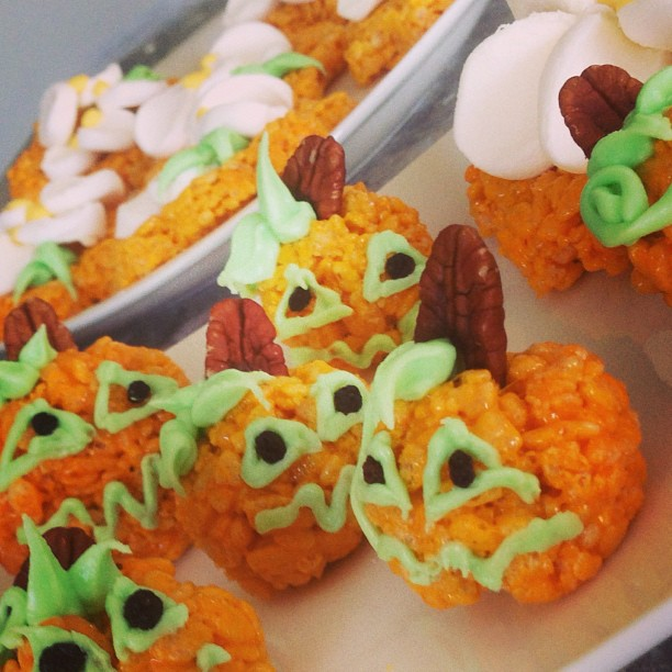 Autumn Rice Krispie Treat Pumpkins